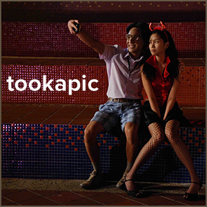 Tookapic: Daily Photo-Taking and Sharing