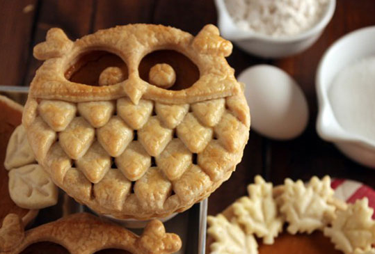 10 pies that are almost to pretty to eat
