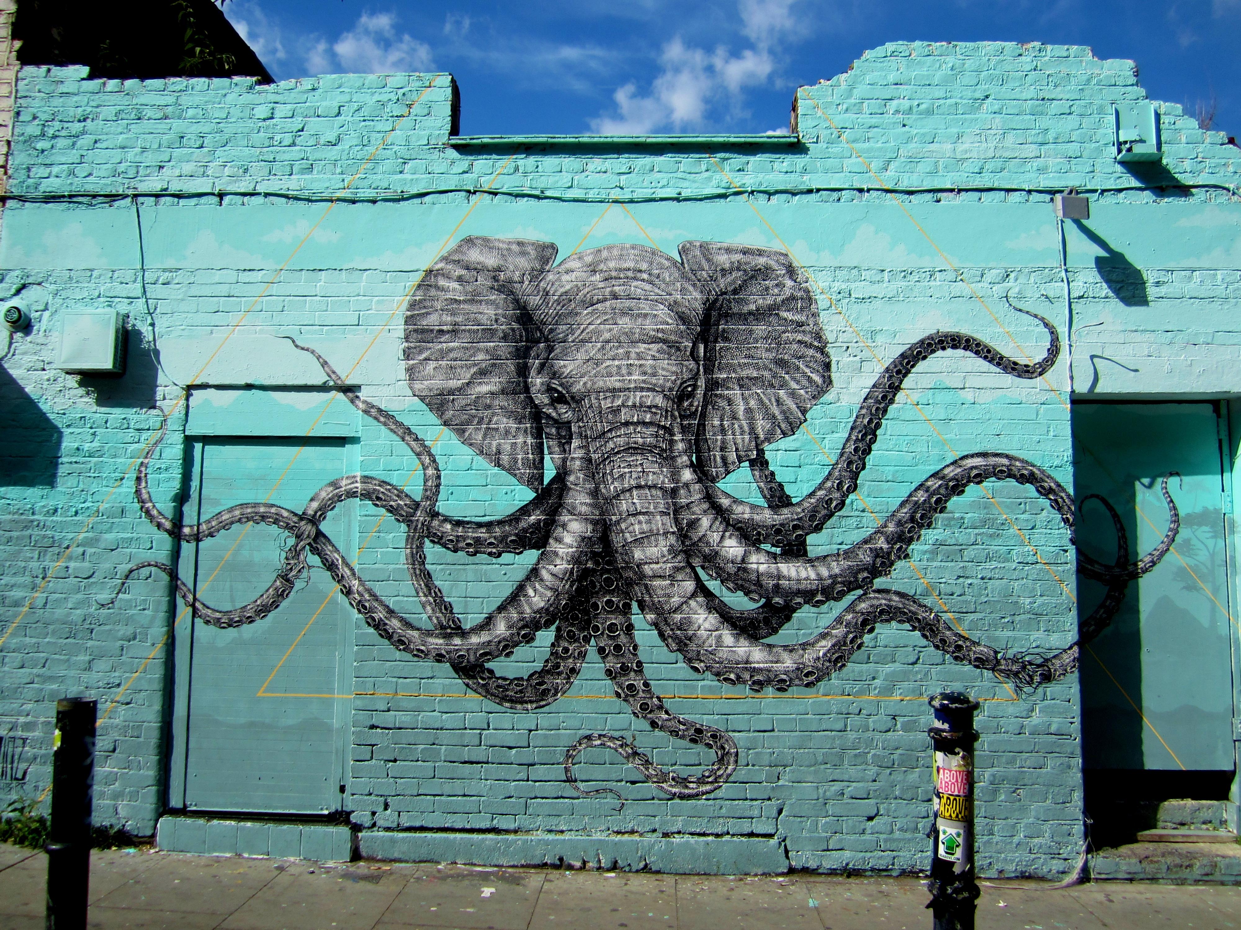 """Alexis Diaz """"Elephant-Octopus"""" - London"""