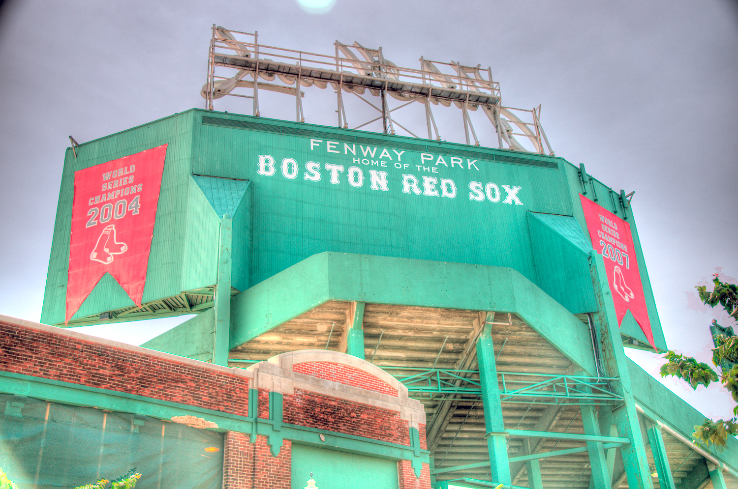 boston-fenway-outside