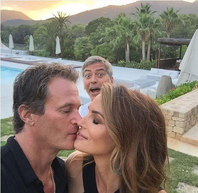 George-Clooney-le-jodió-la-foto-romántica-en-ibiza-a-Cindy-Crawford